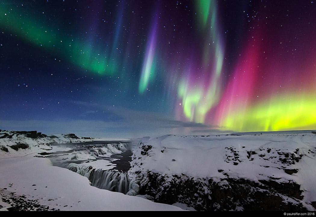 Stunning Black Wallpapers Iceland Aurora Borealis Northern Lights Gullfoss Waterfall