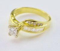 18K Yellow Gold 4.72 Grams 0.80 Carat t.w. Diamond Dinner ...