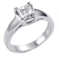 $6,600 Retail Platinum 0.71 Carat Princess Cut Diamond ...