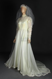 Geena Davis Beetlejuice Wedding Dress | www.imgkid.com ...