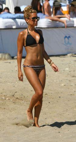 Sylvie van der Vaart ist die Schönste unter den Bikini-Beautys