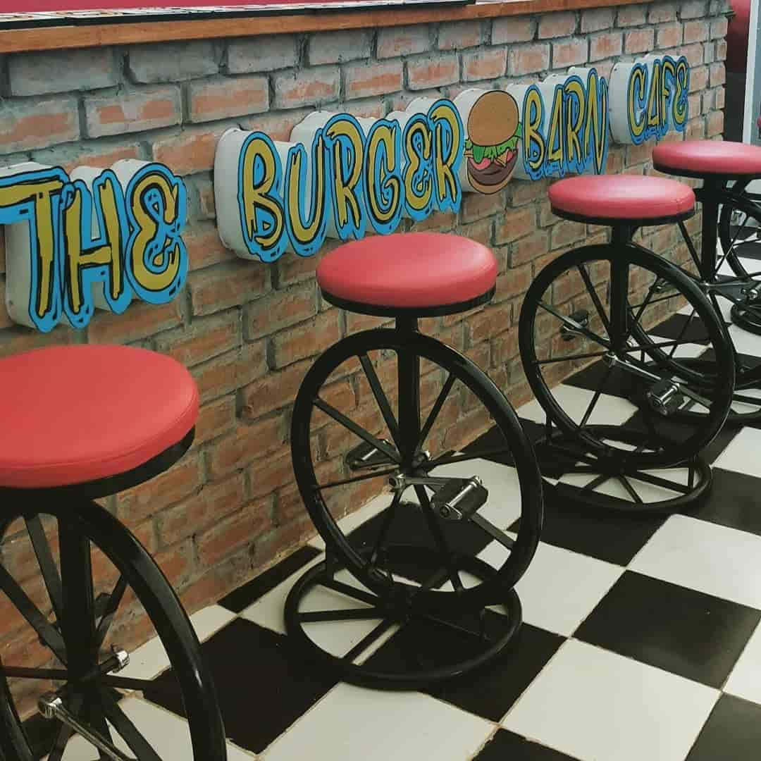 Garage Grill Nibm The Burger Barn Cafe Salunkhe Vihar Pune Fast Food Cuisine