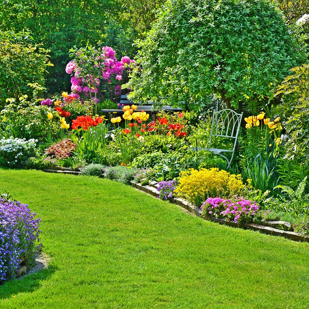 Garden Stone Edging Best Landscape Edging For Your Yard The Home Depot