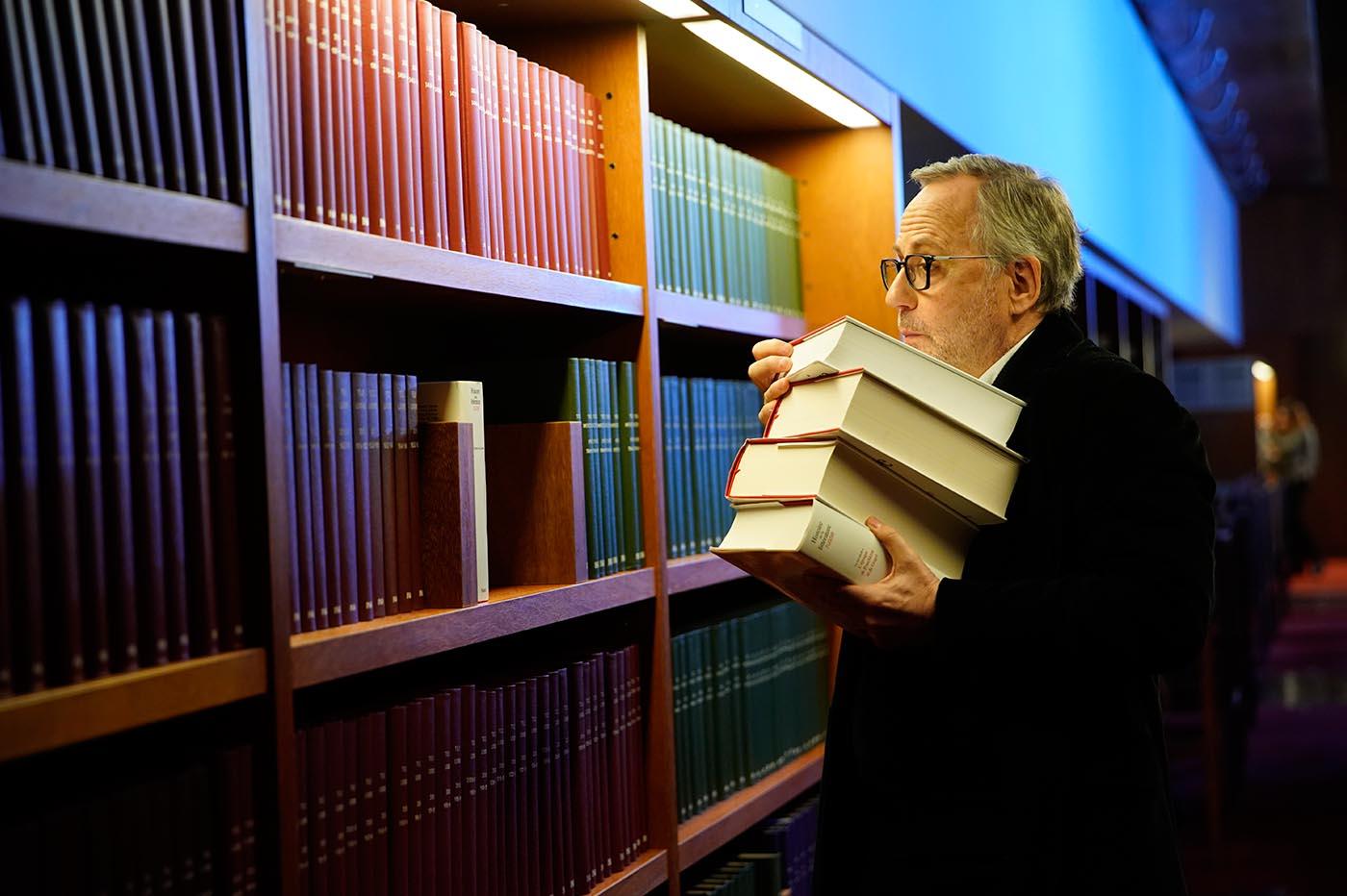 Crítica la biblioteca de los libros rechazados