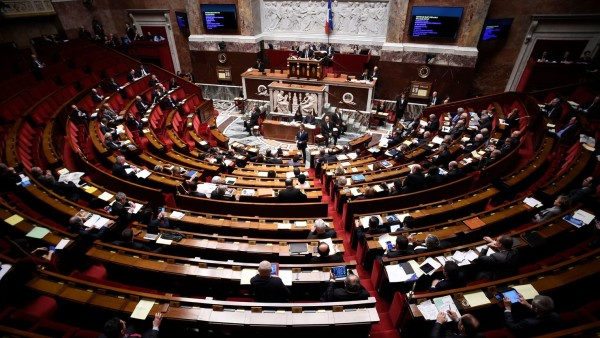 l-assemblee-nationale-a-paris-le-5-fevrier-2016_5512241