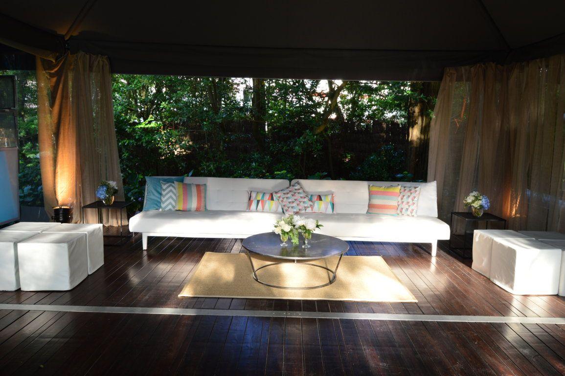 mobiliario para una boda en biarritz alquiler de mobiliario. Black Bedroom Furniture Sets. Home Design Ideas