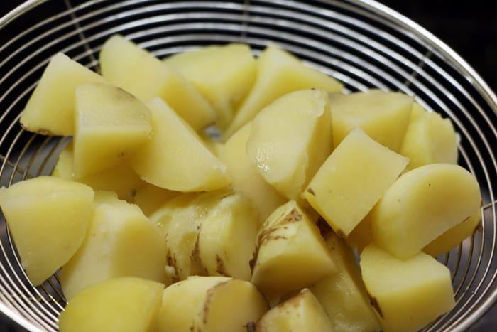 potato curry step1