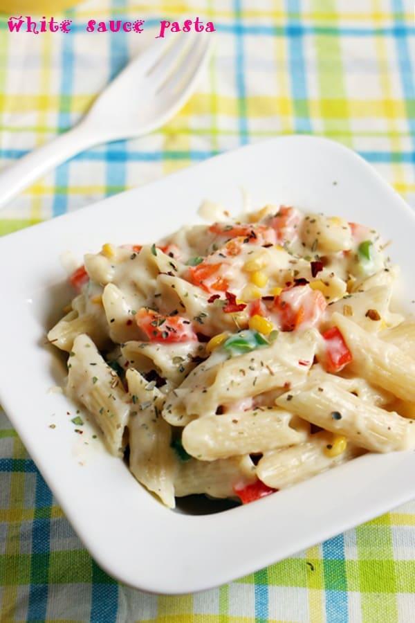 white sauce pasta recipe, how to make pasta in white sauce