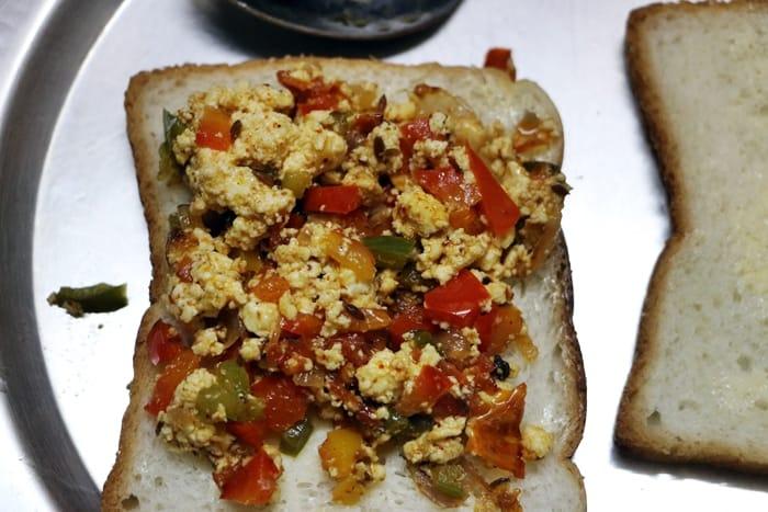 paneer sandwich step 4