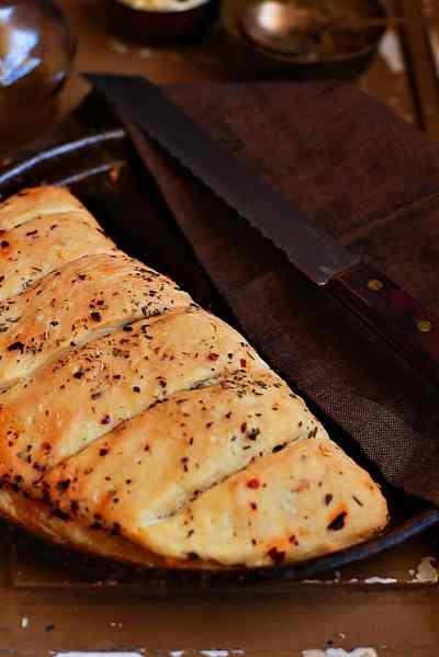 Stuffed garlic bread recipe