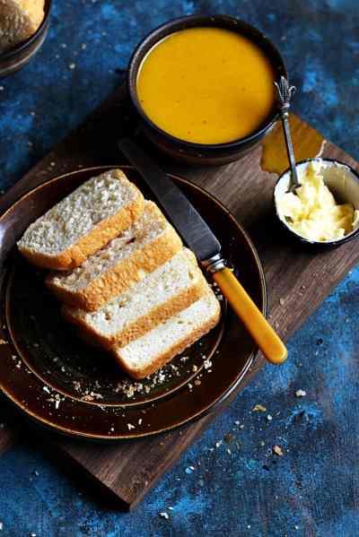 Garlic loaf recipe | Herb and garlic bread recipe