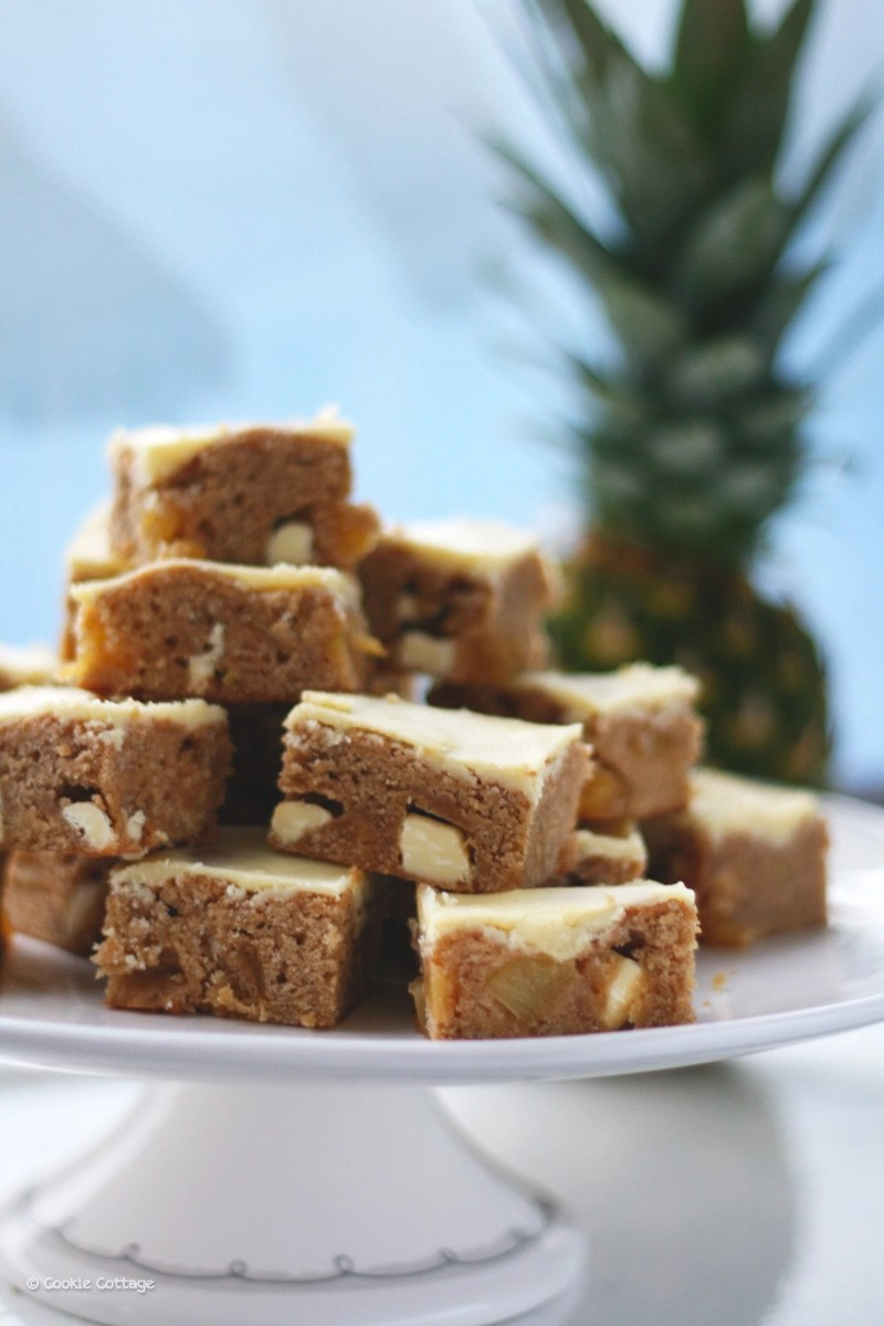 Ananas Rijp Test Fairtrade Ananas Blondies Met Witte Chocolade Chunks