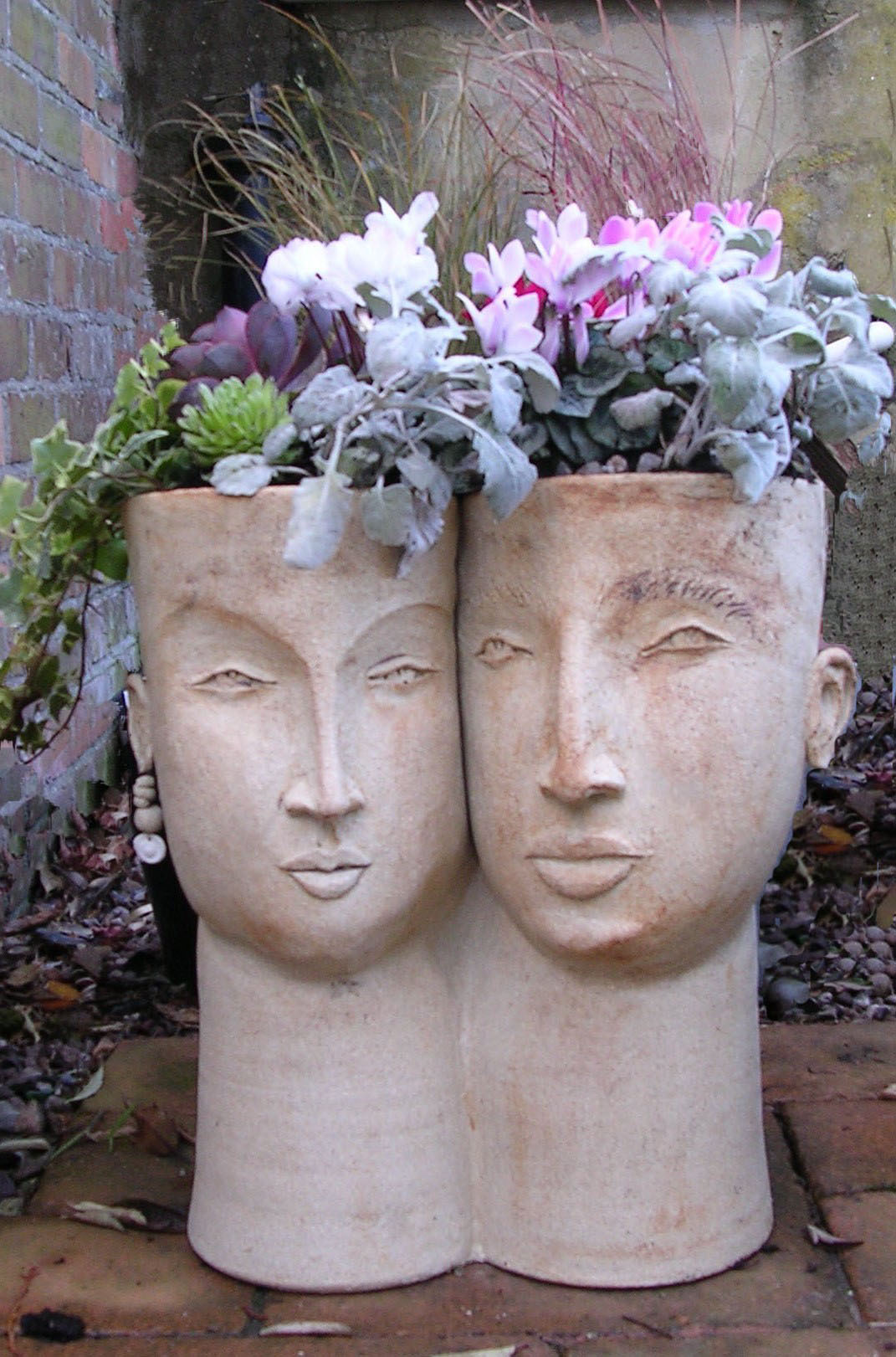 Planter Heads Double Head Planter Medium Stoneware Cookie Scottorn