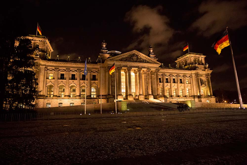 Top 5 Sights To Photograph In Berlin At Night Travel