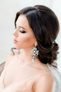 bridal hairstyles for long hair with bangs