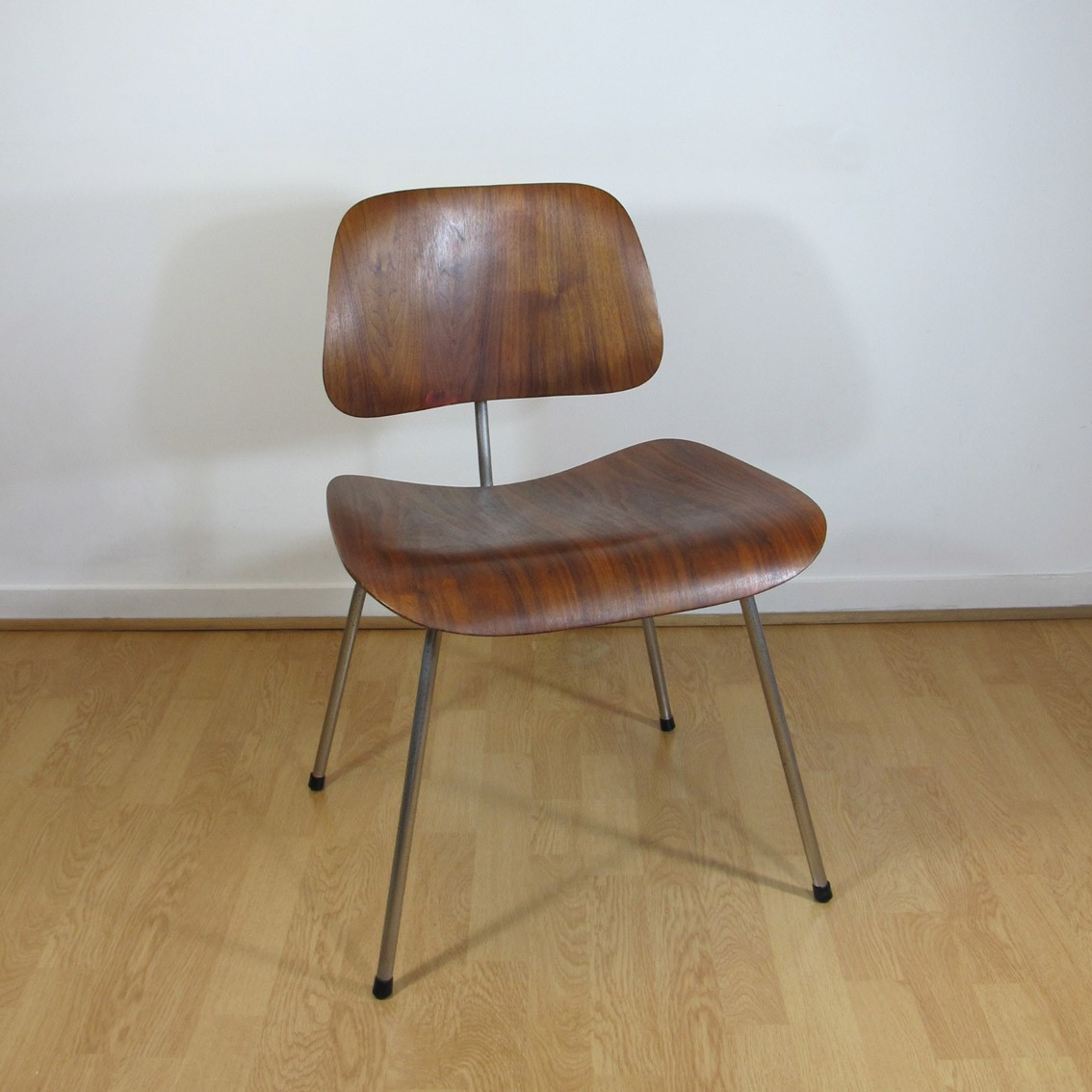 Eames Plywood Chair Plywood Chair Dcm By Charles Eames Evans Edition Cornershop Design