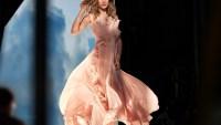 H&M propune o colectie de rochii de seara din materiale ecologice