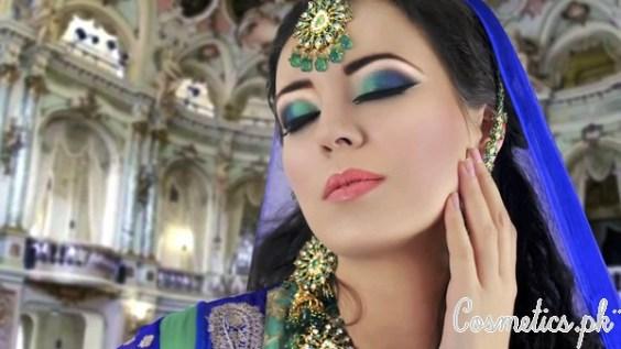 Latest Pakistani Bridal Eye Makeup 2015 - Green and Blue
