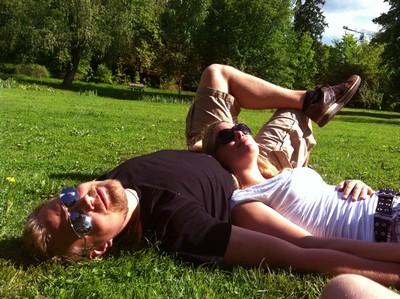 ...och sedan slappade vi i Trädgårdsföreningen och orkade knappt ta oss därifrån och hem igen.