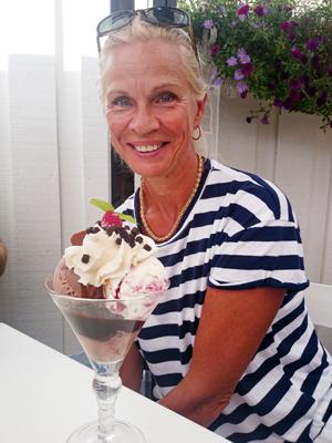 Mamma och glassen.
