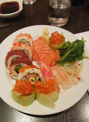 Första omgången sushi.