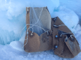 Carpet bags carrying icicle cargo weighing approx. 40 lbs