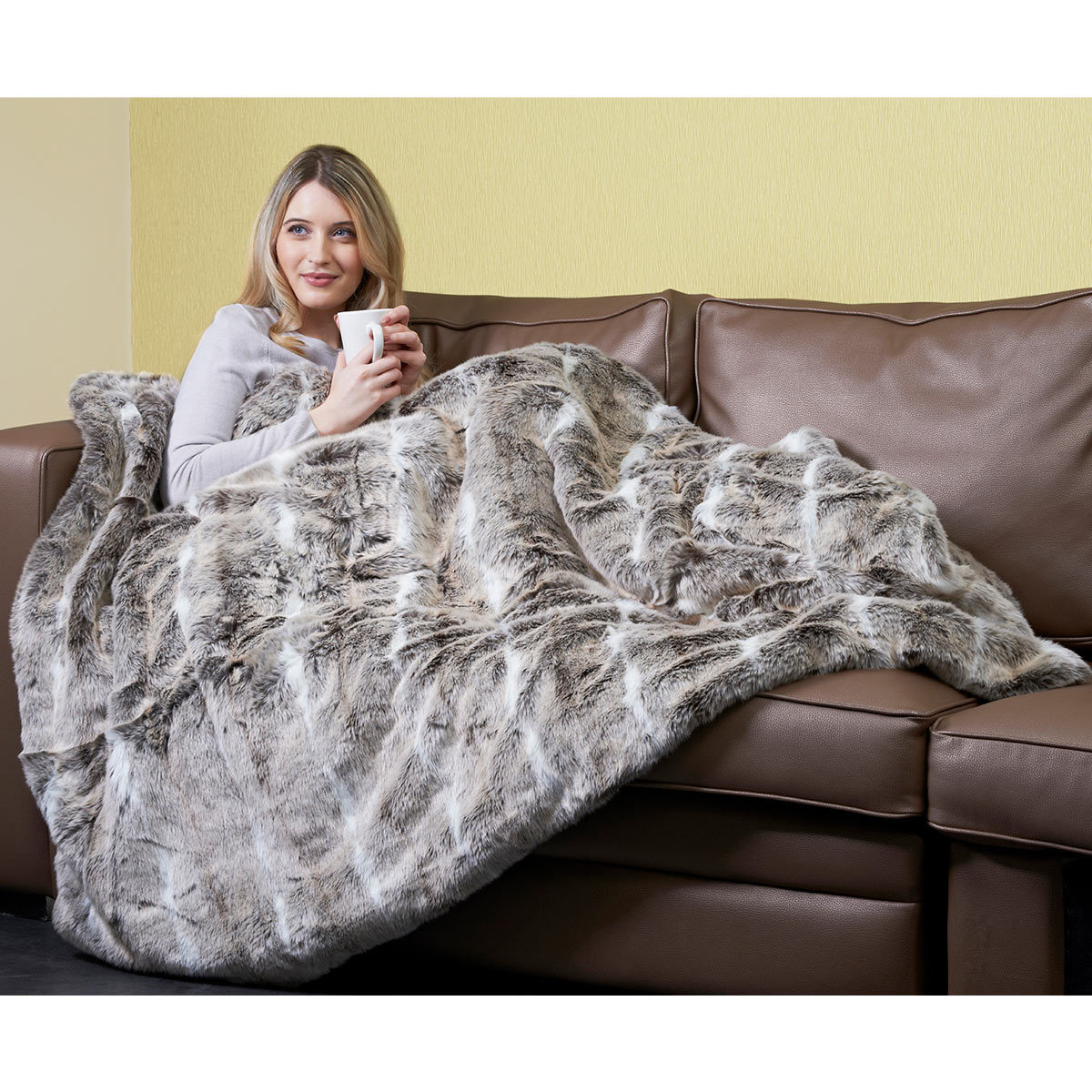 Dreamland Relaxwell Deluxe Faux Fur Heated Throw Costco Uk