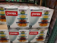 Pyrex 4-Piece Mixing Bowl Set
