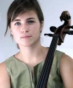 Aoife Nic Athlaoich (cello)