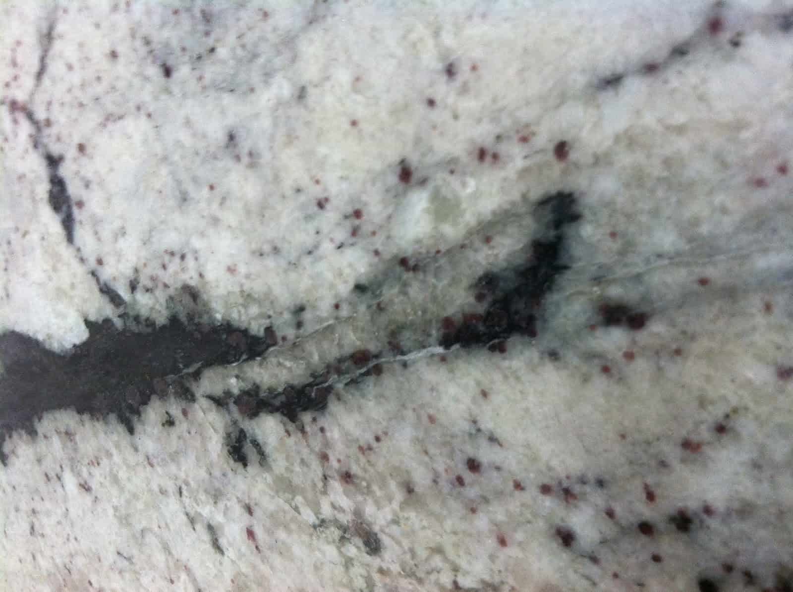 Chipped Quartz Countertop Repair How To Repair Fissures Cracks And Chips In Countertops