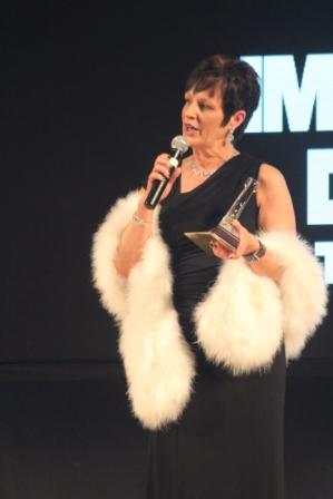 Yvonne Anderson, Wagon Wheel Rock - Award Choré Novice