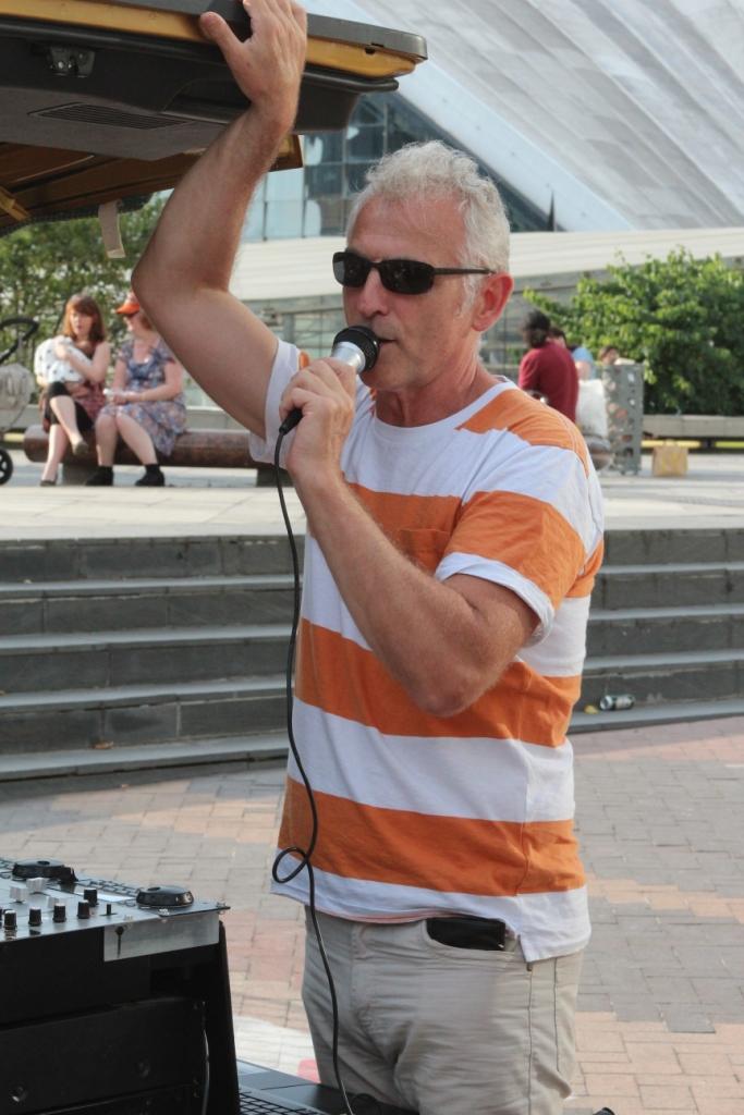 DJ Jean-Luc en action