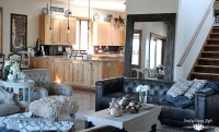 Industrial Farmhouse Living Room - Country Design Style