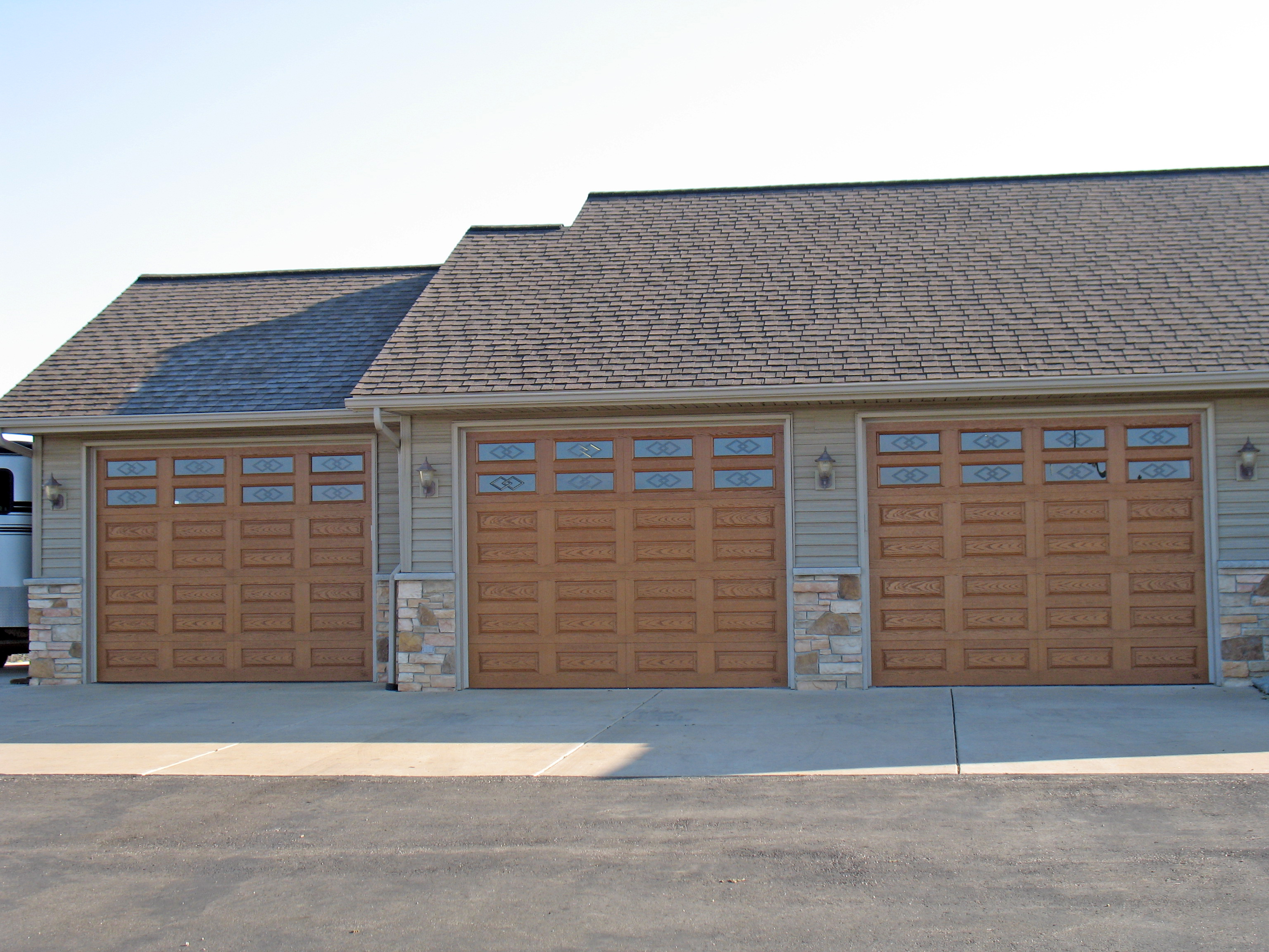 Garage Builders Janesville Wi Sectional Fiberglass Garage Doorscountry Door Systems Country