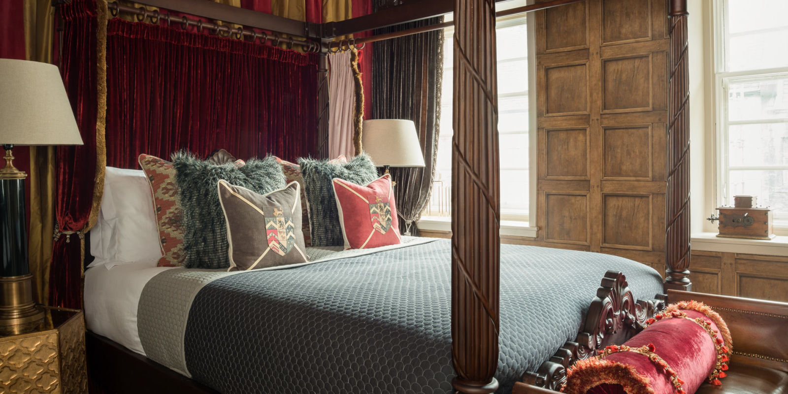 Hogwarts Bedroom You Can Now Stay In This Luxury Harry Potter Themed