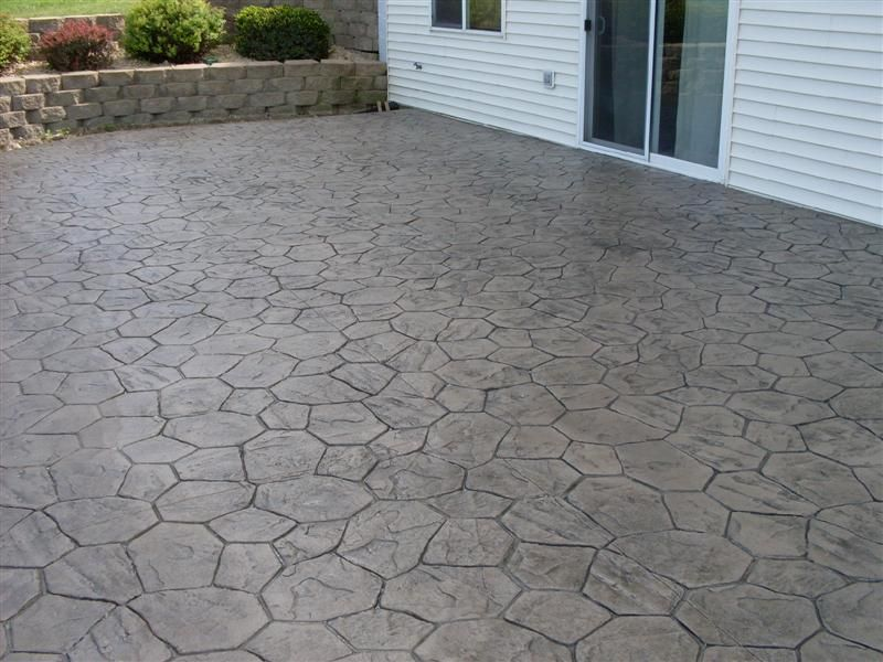 Flagstone Patio Countryside Concrete, Inc. :: Colored & Stamped