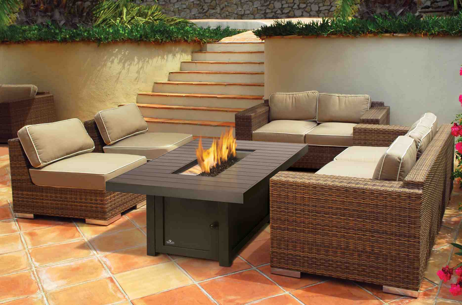 Fireplace Tables Outdoor Grills And Outdoor Fireplaces Country Stoves And Sunrooms Ltd
