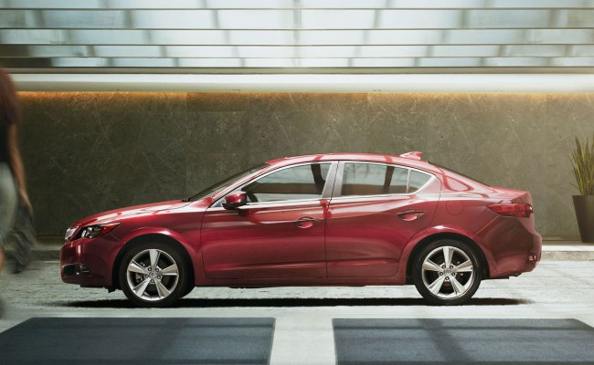 2014-ilx-exterior-6-speed-manual-with-premium-package-in-crimson-garnet-red-head-woman-9 Acura Littleton
