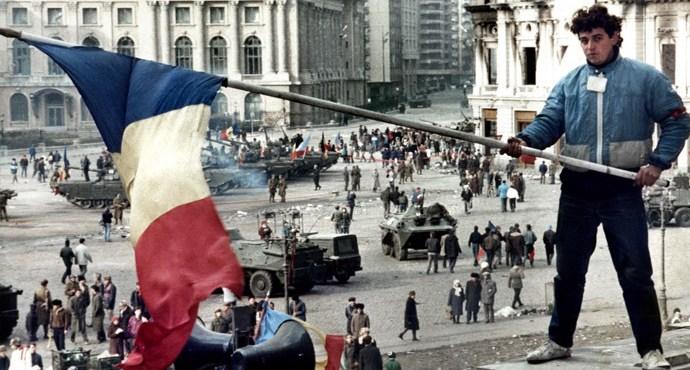 El fin que Ceausescu no quiso ver (VI) – Por Eloy Torres