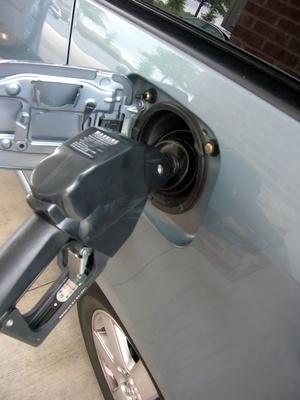 Why a Honda Civic Might Get Bad Gas Mileage It Still Runs