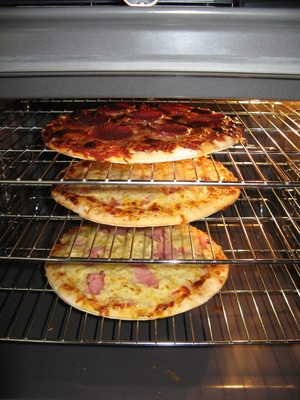 Cleaning An Oven With Ammonia With Pictures Ehow