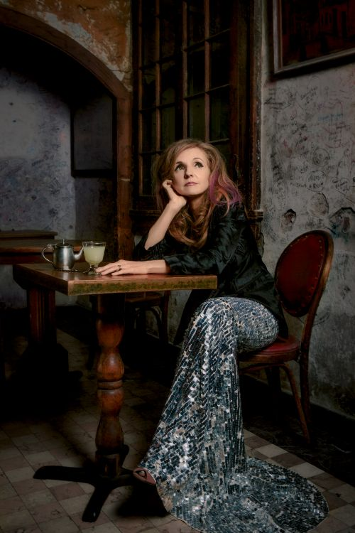 Sad Love Girl Wallpaper Hd Patty Griffin Biography Albums Streaming Links Allmusic