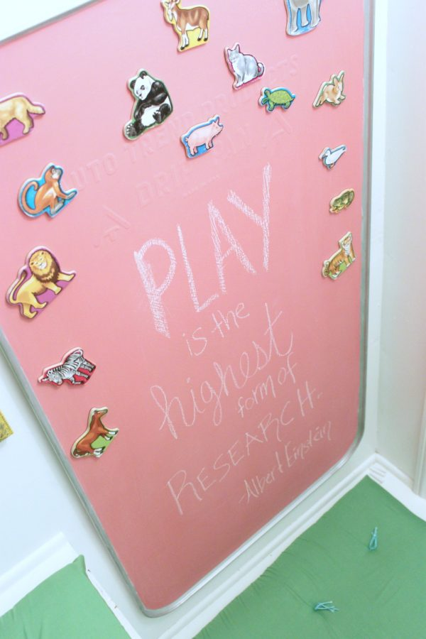 custom-color-chalkboard-with-colored-chalkboard-paint-600x900