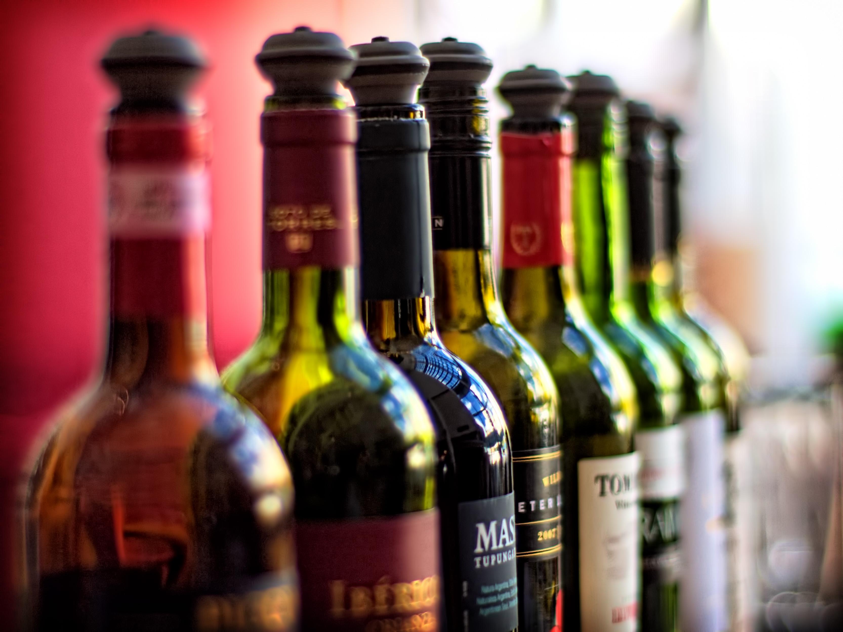 Into North America Jobs Wine Bottle Pic
