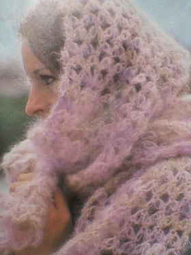 knitted-scarf