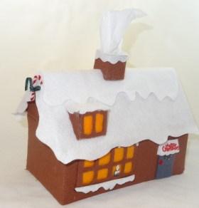 felt-christmas-tree-house