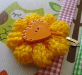 Hair Clip – Knitted Flower