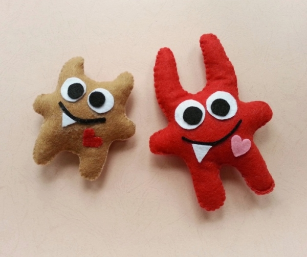 felt monsters for Halloween