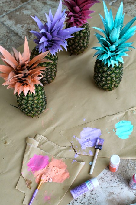 painted-pineapples-DIY-2