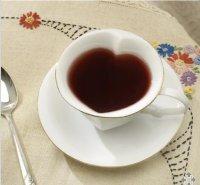 Heart-shaped teacups / Boing Boing